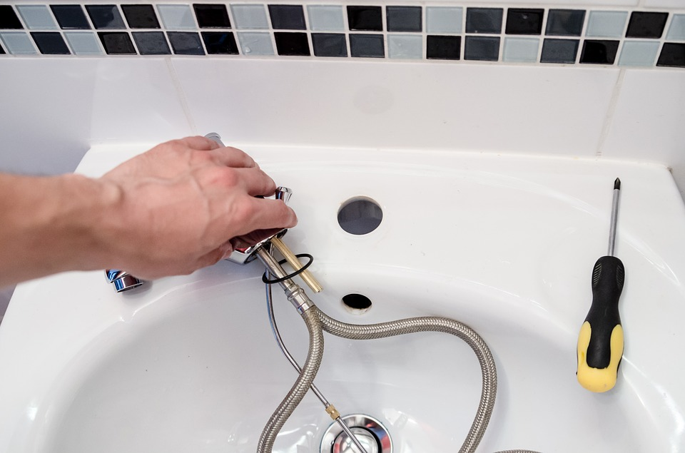 why should you hire plumbing services for bathroom renovation